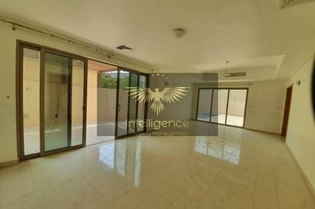 5 Bedroom Villa for Rent in Al Raha Gardens, Abu Dhabi - Deluxe Villa with Huge Backyard and Pool