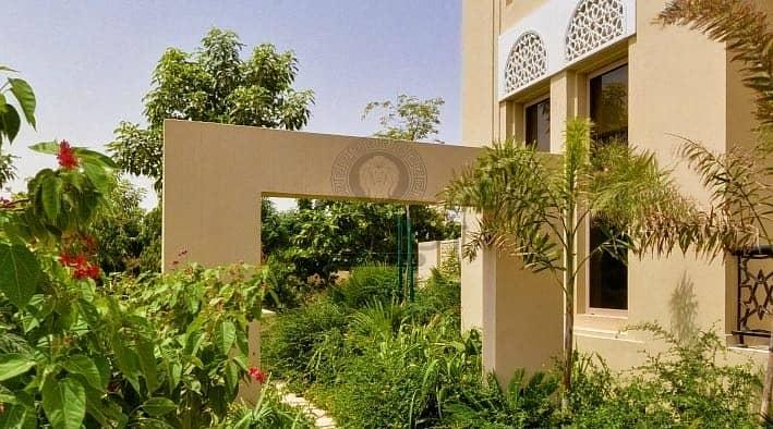 7 Amazing 5Br in Al Barari ready to move in