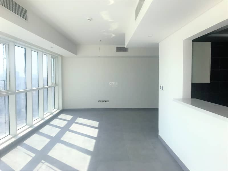 2 Stunning New Apt with Sea Views and Balcony