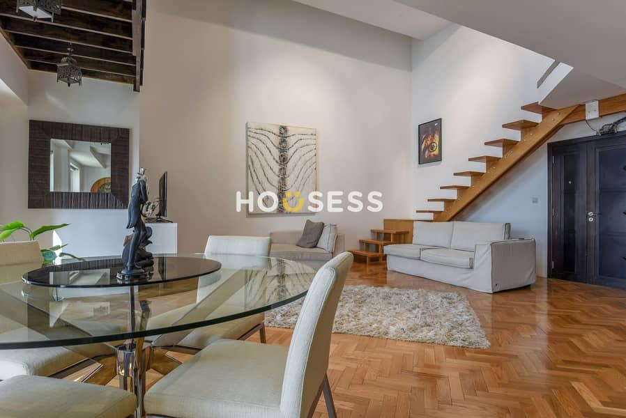 2 Great Investment     Highly Modern Upgrade Duplex