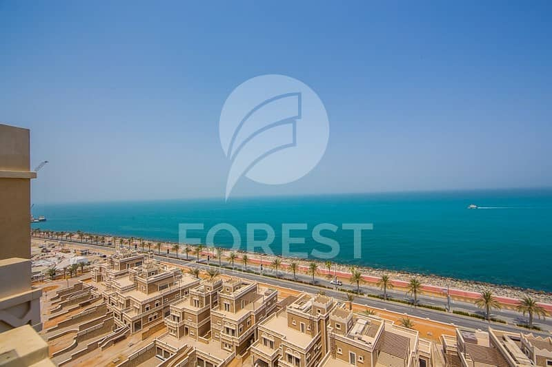 Exclusive 4 Beds Penthouse with Full Sea View