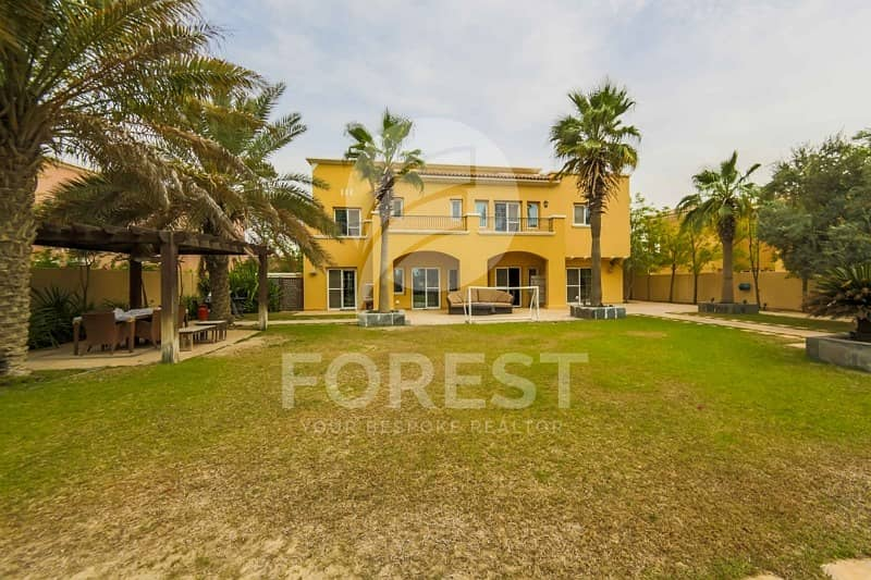 Big Plot | 6 Bedrooms with Full Golf Course View