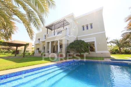 فیلا 7 غرفة نوم للبيع في تلال الإمارات، دبي - Large Plot with 6 Bedrooms Lake Facing Mansion