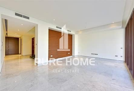5 Bedroom Villa for Rent in Saadiyat Island, Abu Dhabi - Luxurious and Smart Access 5 Bedrooms Villa