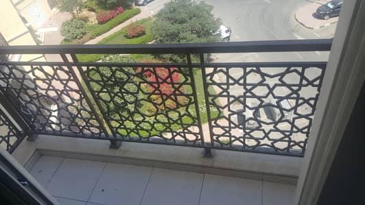 استوديو  للايجار في المدينة العالمية، دبي - شقة في طراز الإمارات المدينة العالمية 23000 درهم - 4196589