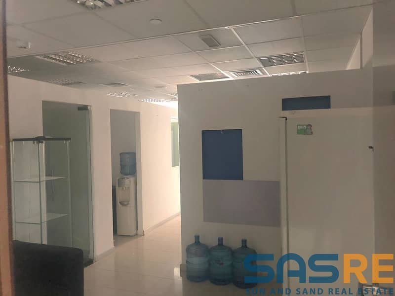 2 Ready Partitions | Fitted Spacious Office