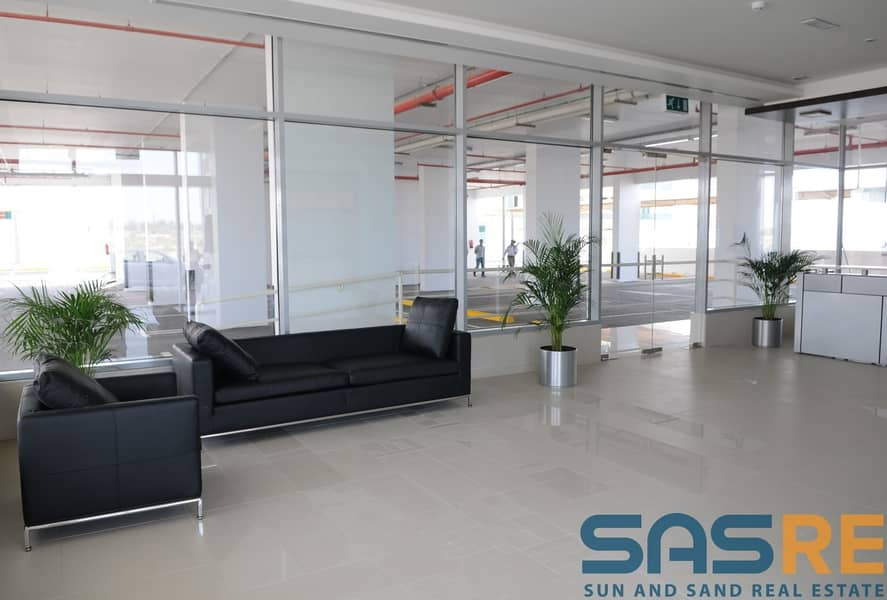 2 Ready to move Net Size Spacious layout office