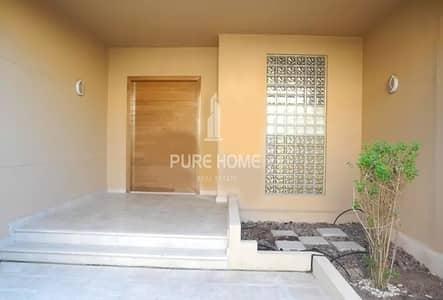 تاون هاوس 4 غرفة نوم للايجار في حدائق الجولف في الراحة، أبوظبي - Exceptional Family Townhouse with Lovely Garden in Al Raha Golf Gardens