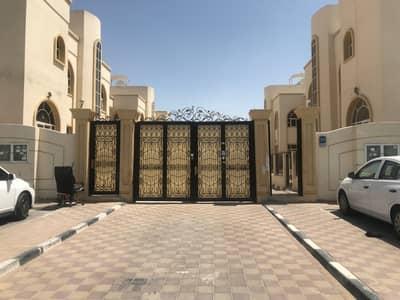 شقة 2 غرفة نوم للايجار في مدينة محمد بن زايد، أبوظبي - شقة غرفتين وصالة للايجار بسعر ممتاز بمدخل خاص