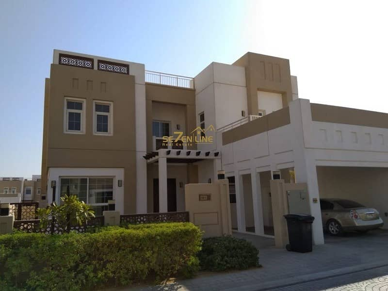 Type A Independent 5BR Villa with Maids R