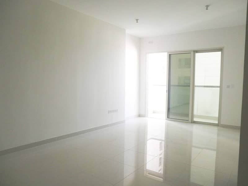 Fully Furnished Apt On Monthly Basis !!