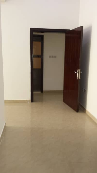 3 Bedroom Apartment for Rent in Khalifa City A, Abu Dhabi - Amazing! Flat 3 master bedrooms-hall for rent in khalifa city (A)