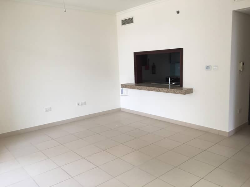 SPACIOUS  1 BEDROOM IN BURJ VIEWS WITH CANAL VIEW