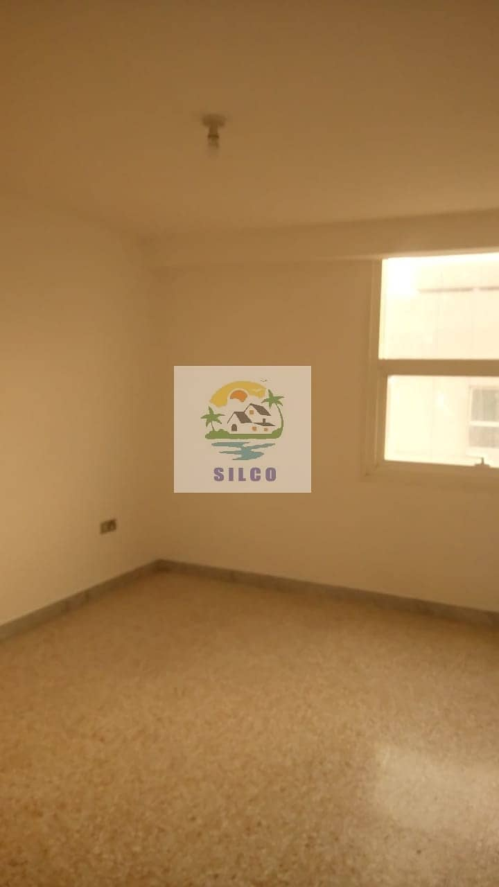 LARGE 2 B/R CENTRAL A/C IN  TOURIST CLUB  FOR  65K