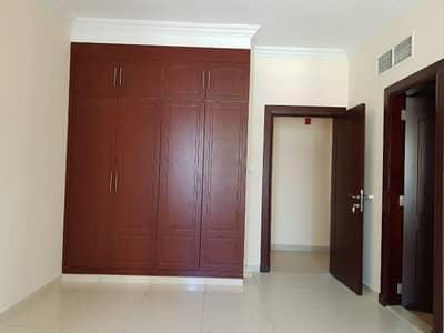 شقة 2 غرفة نوم للايجار في القصباء، الشارقة - شقة في القصباء 2 غرف 42980 درهم - 4197956