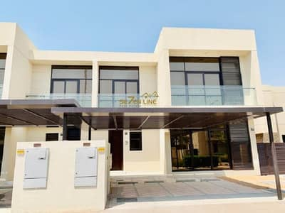 5 Bedroom Villa for Sale in DAMAC Hills (Akoya by DAMAC), Dubai - Furnished 5 BR with maids room Single Row