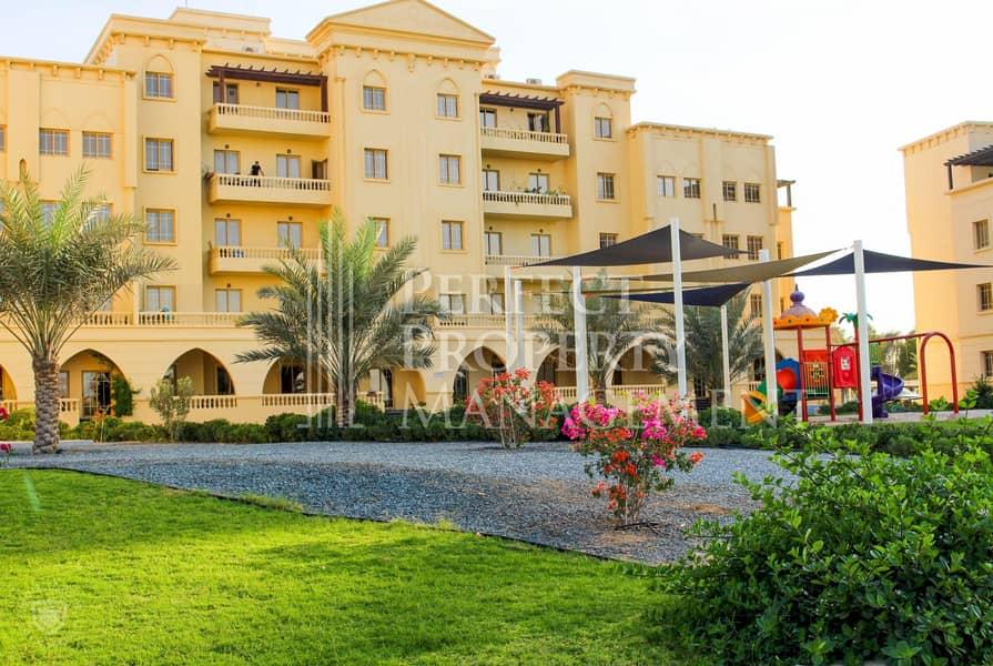 13 2 BHK apartment  in Yasmin Village for 35K