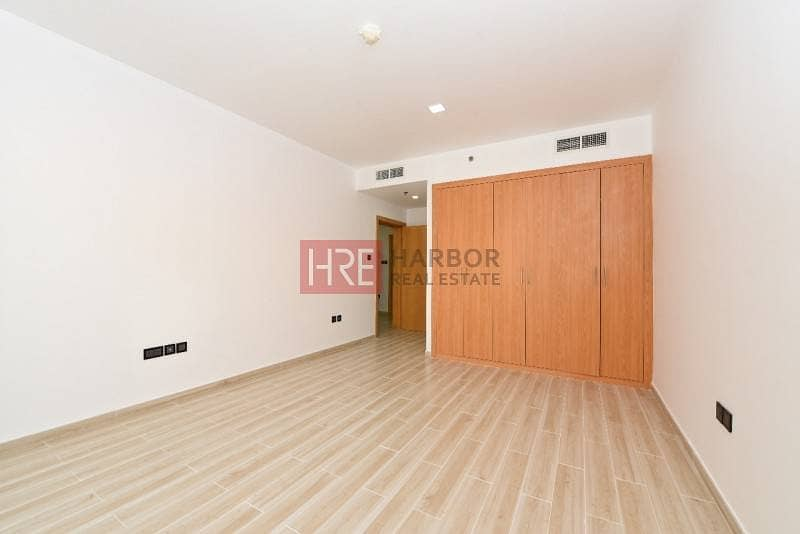 8 Upgraded 1BR Apartment in Silicon Oasis