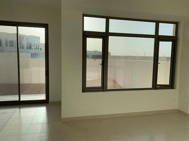 BRAND NEW 3 BEDROOM+MAID ROOM MIRA OASIS ONLY IN 1.49M