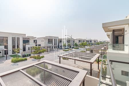 3 Bedroom Villa for Rent in DAMAC Hills (Akoya by DAMAC), Dubai - Brand New and Well-maintained 3 BR for Ren