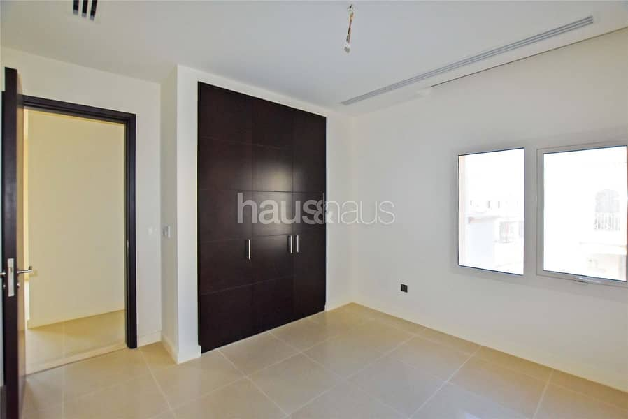 10 Beautiful Brand New 3BR townhouse | DLD waiver
