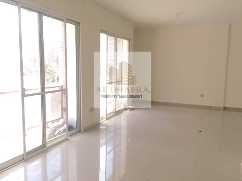 2 Latest! Awesom 3BR with Maids for Rent