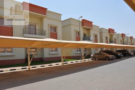 2 Bedroom Flat for Rent in Al Marakhaniya, Al Ain - Awesome Neighborhood! 2BR Apt with Balcony and Amenities