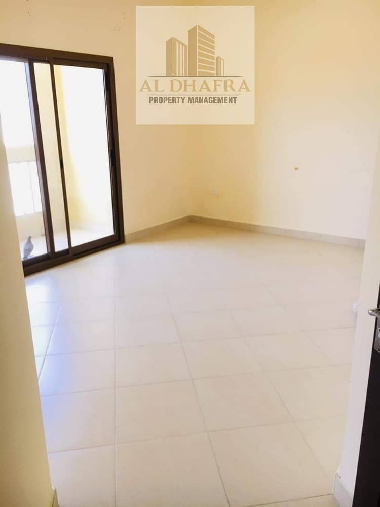 2 Well Maintain Apartment and Near to Beach