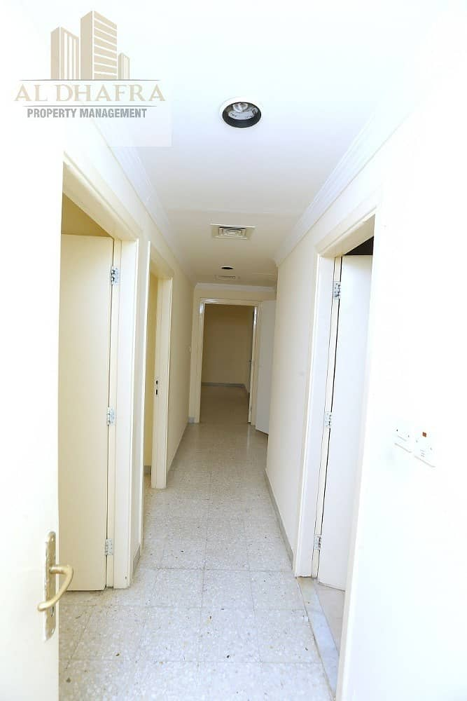10 Very Good Location Apartment! 3BR and Maid