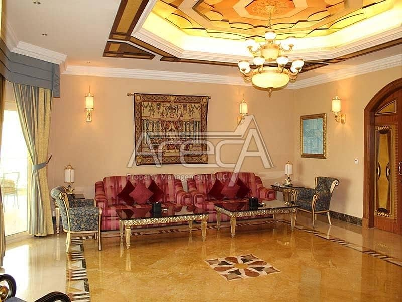 2 A Luxurious Fully Furnished 4 Bed Villa is a Sea Front Unit