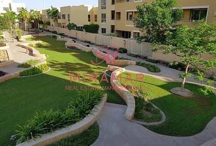 4 Bedroom Villa for Sale in Al Raha Gardens, Abu Dhabi - LARGE PLOT CORNER UNIT W/ RENT REFUND!!
