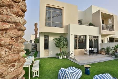 فیلا 4 غرفة نوم للبيع في تاون سكوير، دبي - REEL CINEMAS| VIDA HOTEL BY EMAAR| PAY IN 2 YEARS