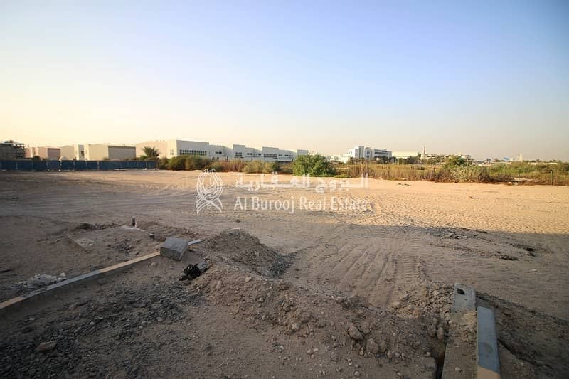 2 Warehouse Plot near Dragon Mart International City