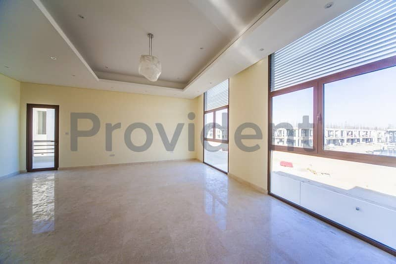 2 Large 5BR with Lovely Landscaped Garden-Meydan