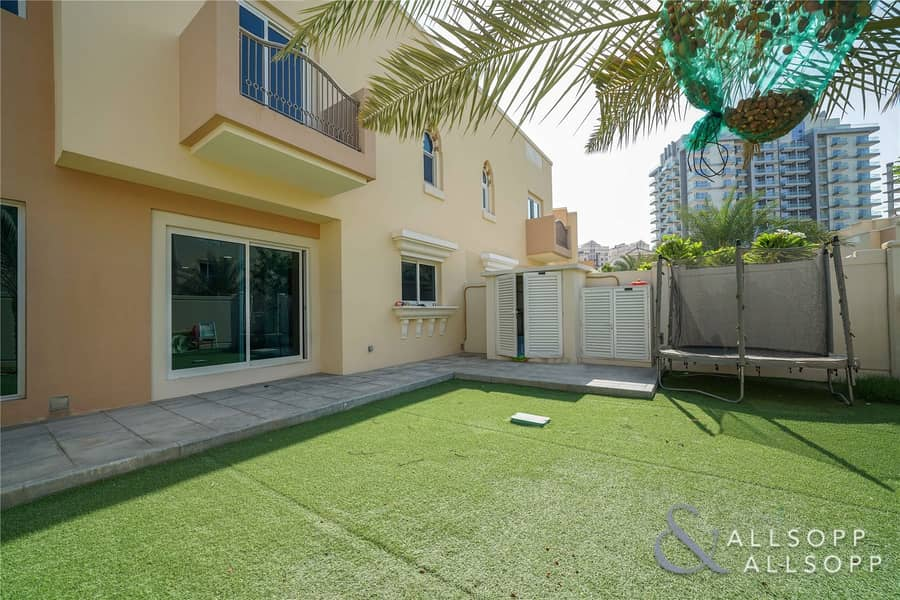 Fortuna TH2 | 4 Bedrooms | Near to Pool