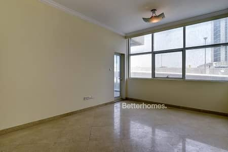 Unfurnished   Bright & Spacious   Balcony