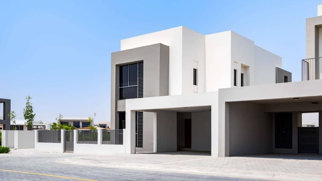1 Spacious Home on a Large Plot in Dubai Hills