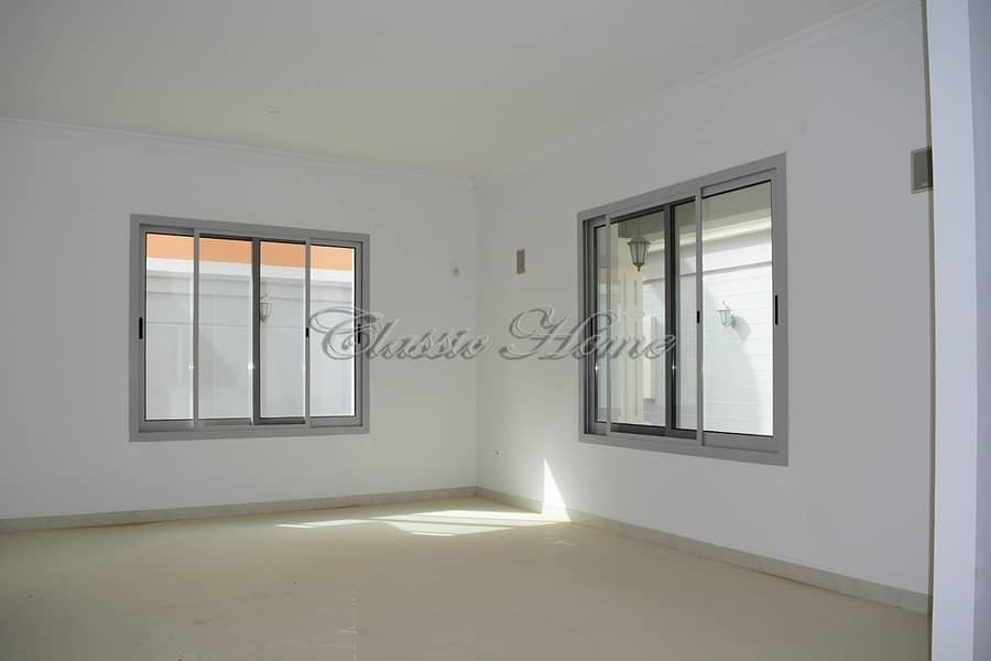 2 Vacant 5 B/R Maid + Driver Room - Detached - New World Style Villa