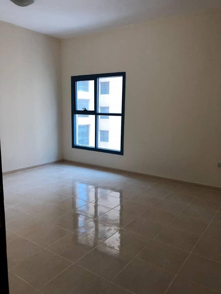 للبيع بنايه جديده اول ساكن مؤجره بالكامل سكن تجارى ارضى   2