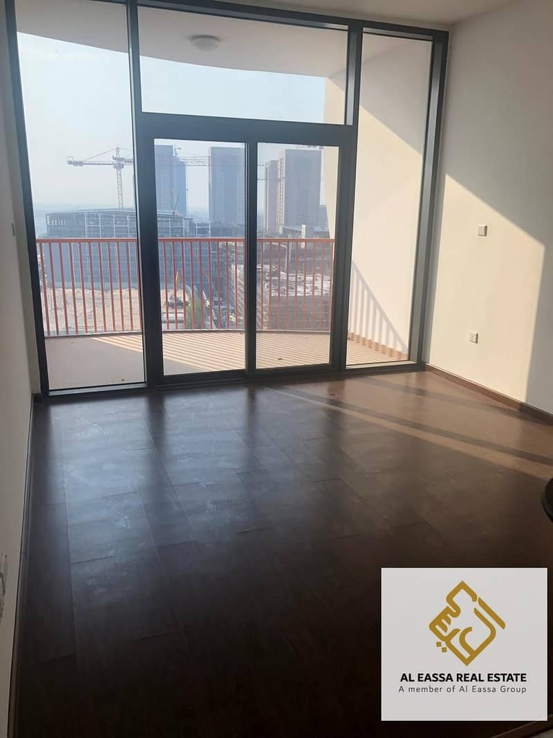 NO AGENCY FEES |Studio with Kitchen appliances | Vacant now