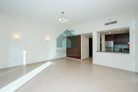 Studio for Rent in Culture Village, Dubai - Canal View |White goods| Spacious Studio |Dubai wharf