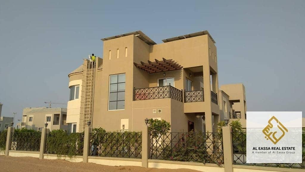 Villa 4 bedroom for sale in Living Legends