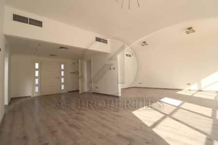 4 Bedroom Villa for Rent in Umm Suqeim, Dubai - Newly Upgraded Close to Beach 4 Bed Villa