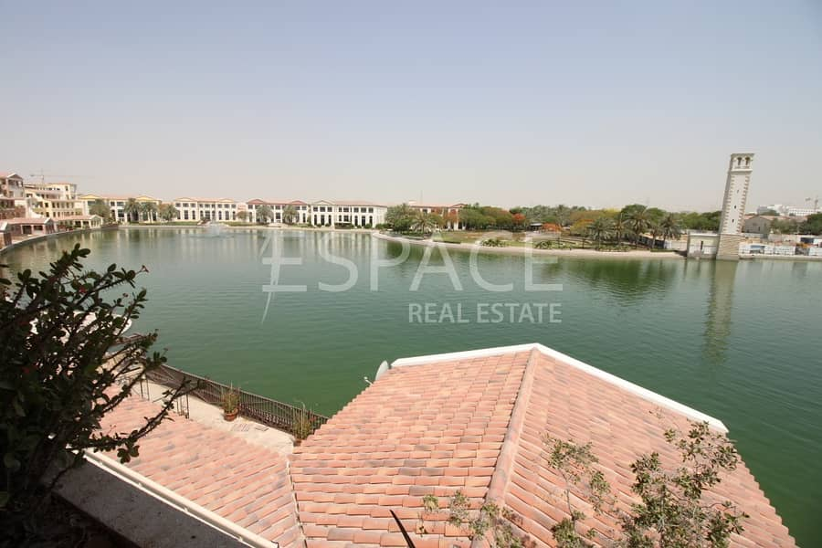 12 Outstanding Terrace Apartment   Lake Views