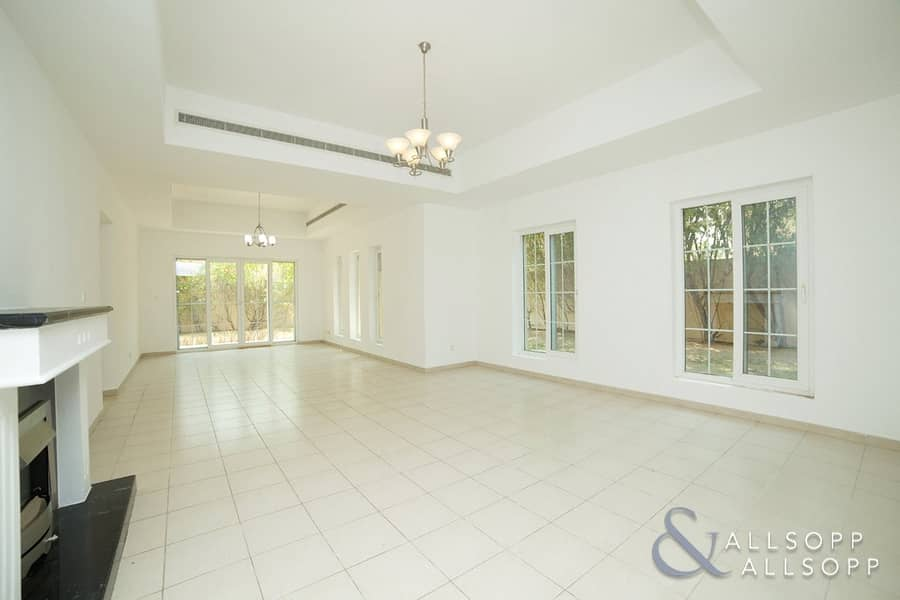 2 Exclusive | Vacant | Large BUA | 5 Bed