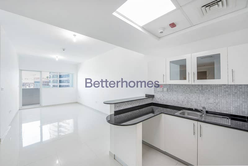2 Ready to move in| Sea View with Balcony in Marina Bay