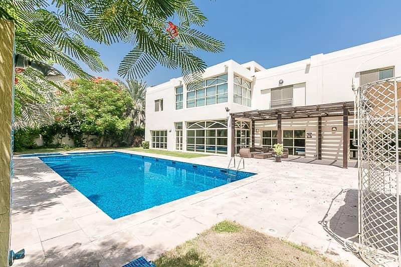Contemporary 6 Bed Villa | Best Location