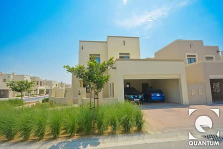 4 Bedroom Villa for Rent in Arabian Ranches 2, Dubai - Beautiful Corner Unit | Near Pool | 4Bed