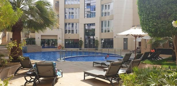 Spacious 1BR Apartment With Balcony