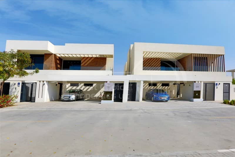 2 Perfect Investment! Stunning Villa in Yas!
